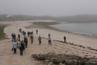 Walking to Gugh Islands from St Agnes